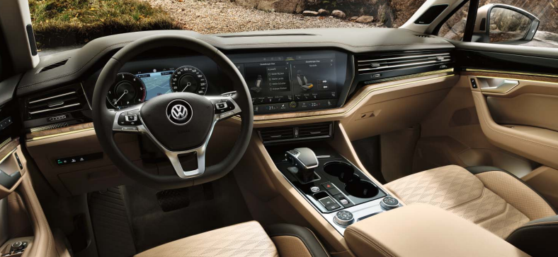 Interiér nového VW Touareg