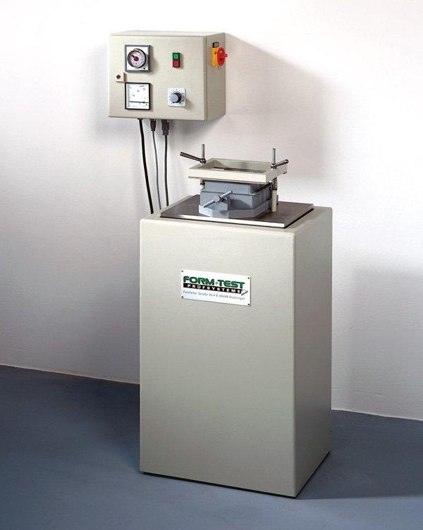 Vibrační stůl na cementy a malty pro zhutňování cementomaltových směsí