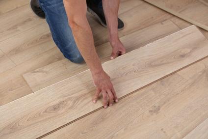Podlahářské práce, pokládka podlah, PVC, koberců, renovace parket