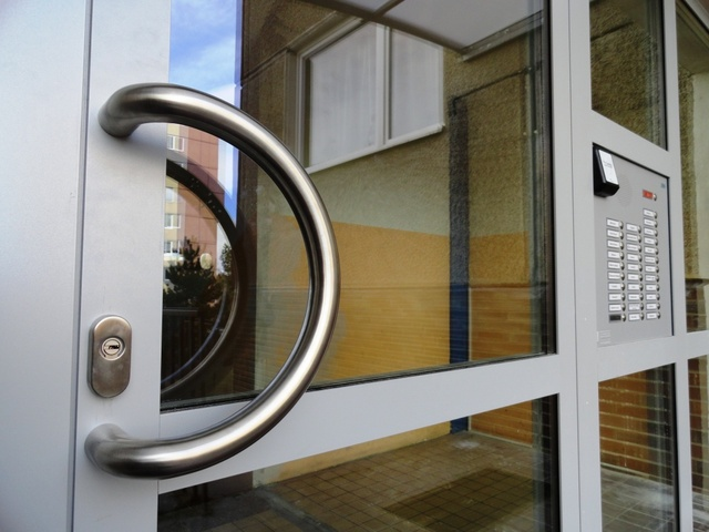 Hliníkové dveře, BOHEMIO CZ s.r.o.