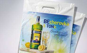 Kvalitní potisk tašek - reklamní igelitové tašky jako originální propagace