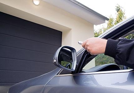 Posuvná garážová vrata a brány – prodej, dodávka, montáž