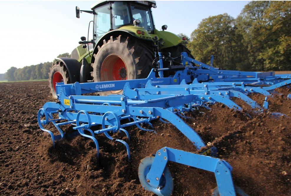 Dodávka svařovaných komponentů a kompletních montovaných sestav zemědělských strojů