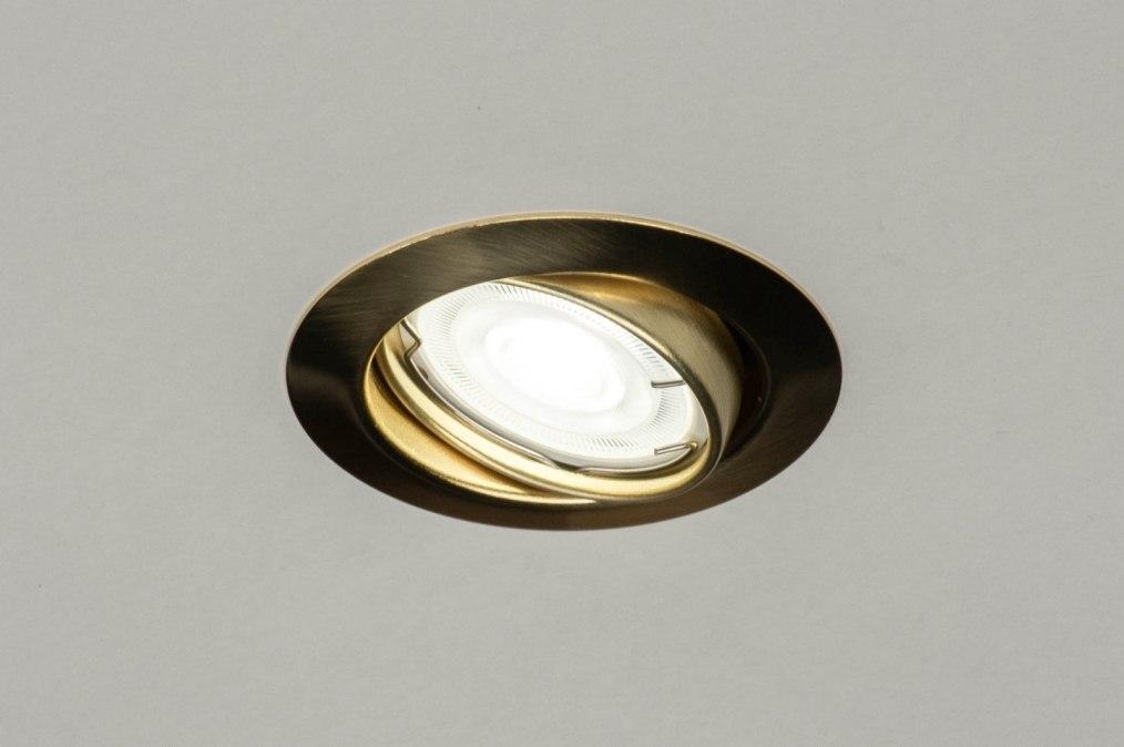 Zápustná LED svítidla - bodové a stropní osvětlení pro dokonale nasvícený interiér