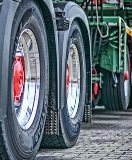 Široký výběr použitých atypických pneumatik