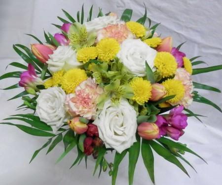 Pestrá nabídka čerstvých květin pro různé příležitosti Tábor - svatební, smuteční, k výzdobě i pro radost