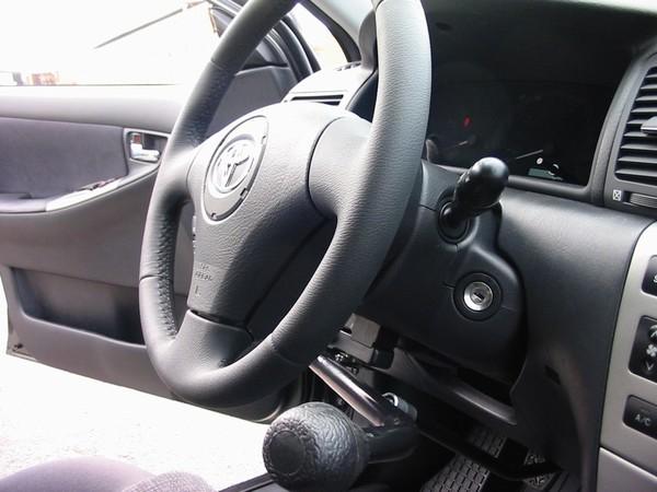 Ruční řízení automobilu - přestavba
