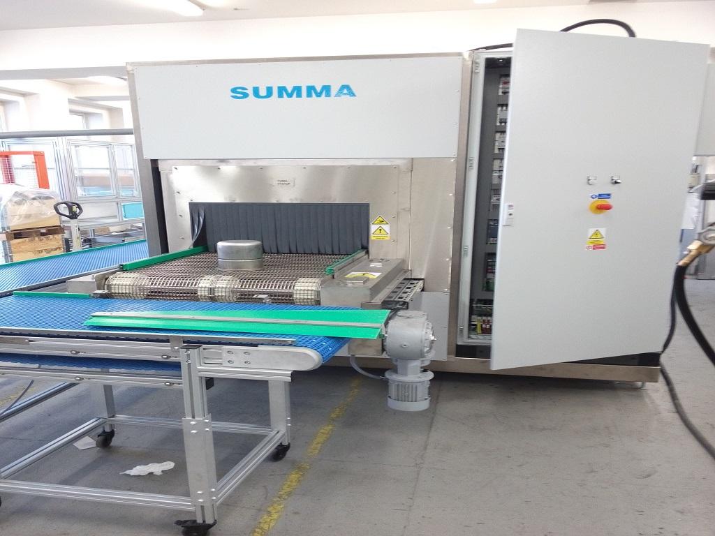 Vyrábíme čistící stroje a zařízení