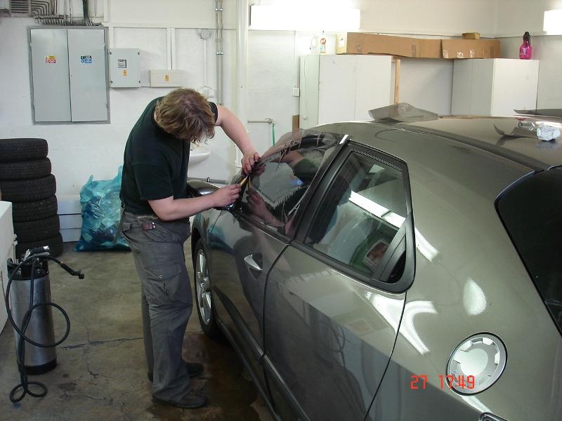 Tónování autoskel - odolné autofólie s dlouhou životností