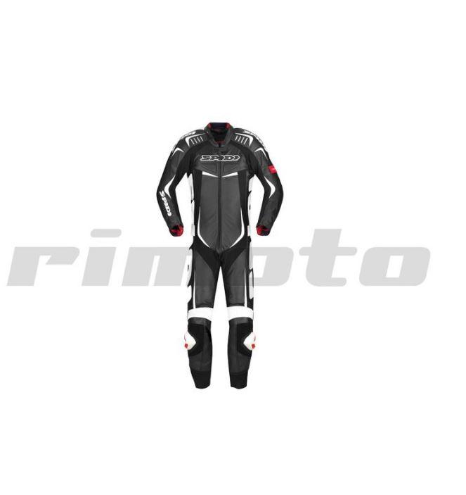Kvalitní kombinéza na motorku - zesílené švy, perforace na hrudníku pro perfektní větrání