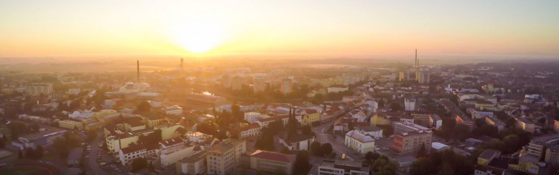 Navštivte Břeclav, město s mnoha pamětihodnostmi, zámkem s vyhlídkovou věží, synagogou, muzeem