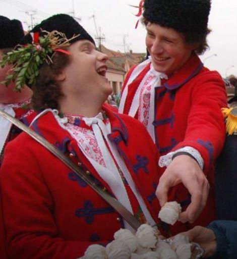 Tradiční folklórní akce, dobré jídlo a komfortní ubytování