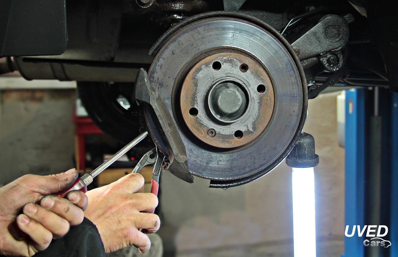 Pneuservis pro osobní, užitková auta - přezutí pneu, výměna kol beze stresu