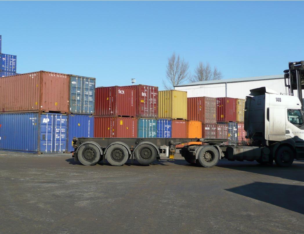 Námořní kontejnery k pronájmu