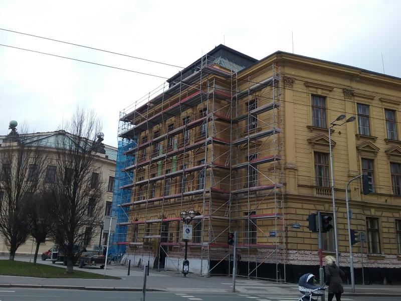 Pronájem a montáž lešení Hradec Králové