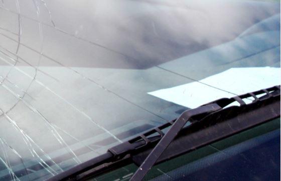 Výměna autoskla z pojistky zdarma včetně vyřízení formalit