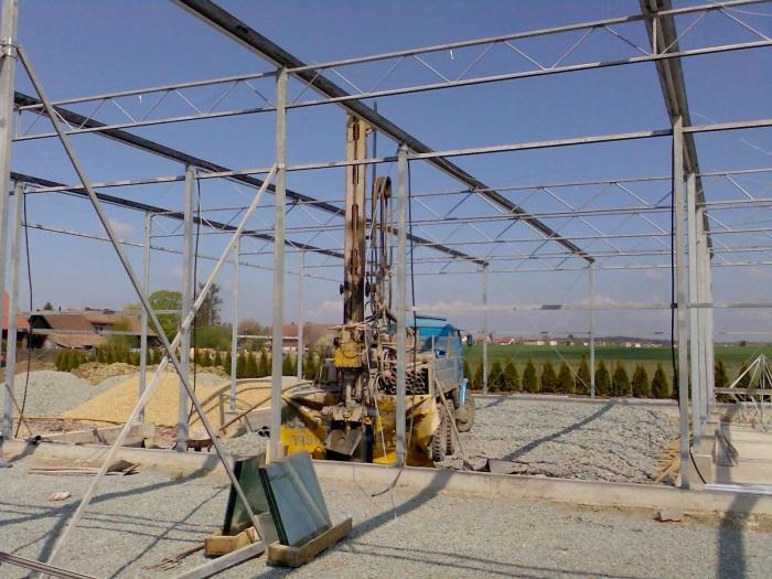 Studny hlubinné vrty Náchod – technologie i pro kopané studny