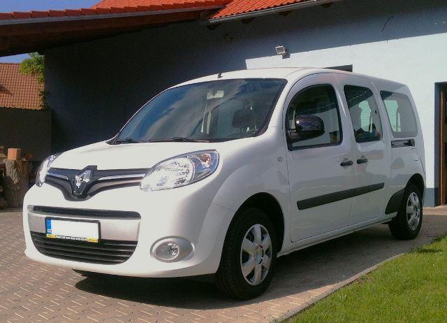 Krátkodobý i dlouhodobý pronájem mikrobusů a minivanů značky Renault
