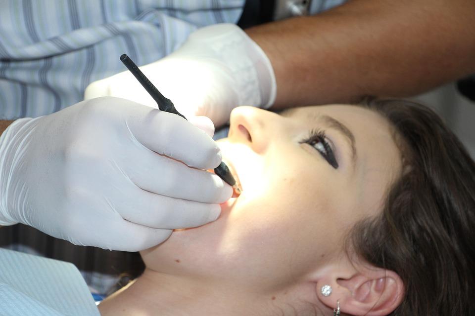 Dentální hygiena pro děti Praha – zoubky bez kazů