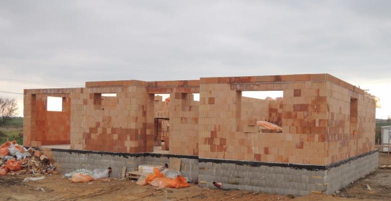 Monolitické stavby – schodiště, betonové stropy, obvodové zdivo