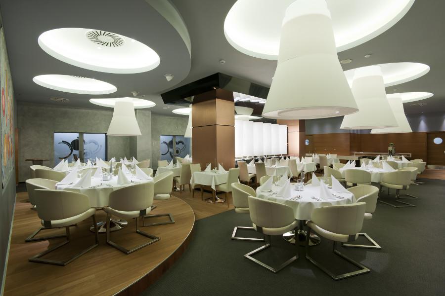 Architektonické návrhy a realizace interiérů a exteriérů