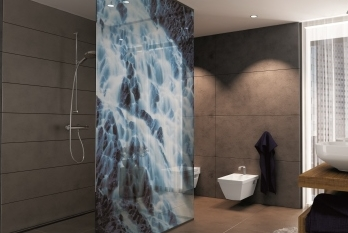 Glass tiles, screens, dividing walls with the printed glass – the Czech Republic