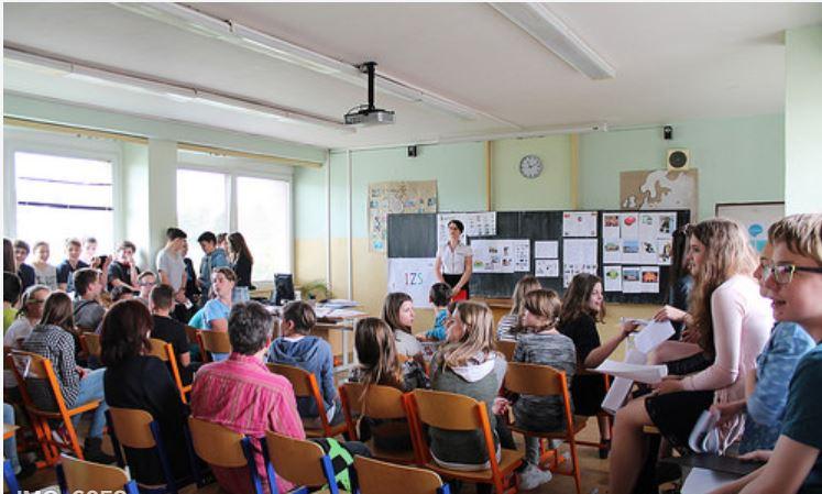 Studium mezinárodních a veřejných vztahů s maturitou