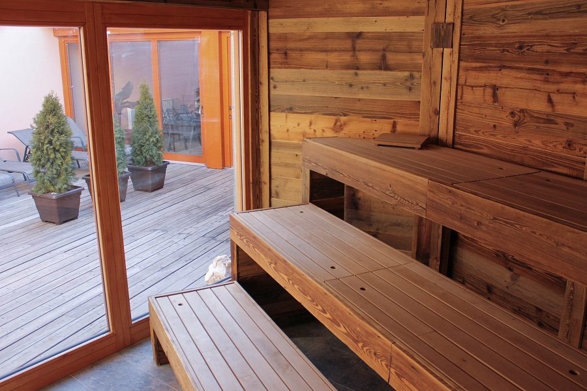 Saunové rituály - sauna na terase i venkovní bar