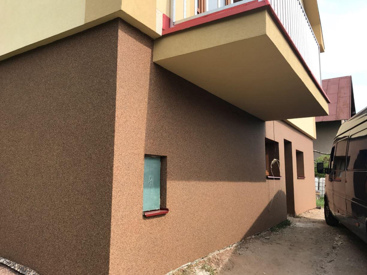 Fasády pro rodinné, bytové i panelové domy, ANTON A SYN s.r.o.