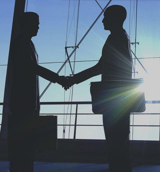 Nákup a prodej investičních cenných papírů – poradenství