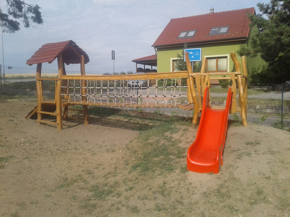 Výroba a montáž herních prvků na dětská hřiště – houpačky, skluzavky, hrazdy