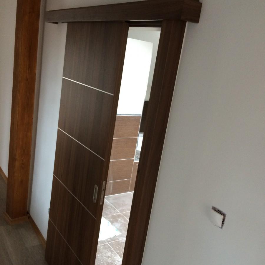 Prodej dveří a zárubní – odborná montáž a zaměření dveří na místě