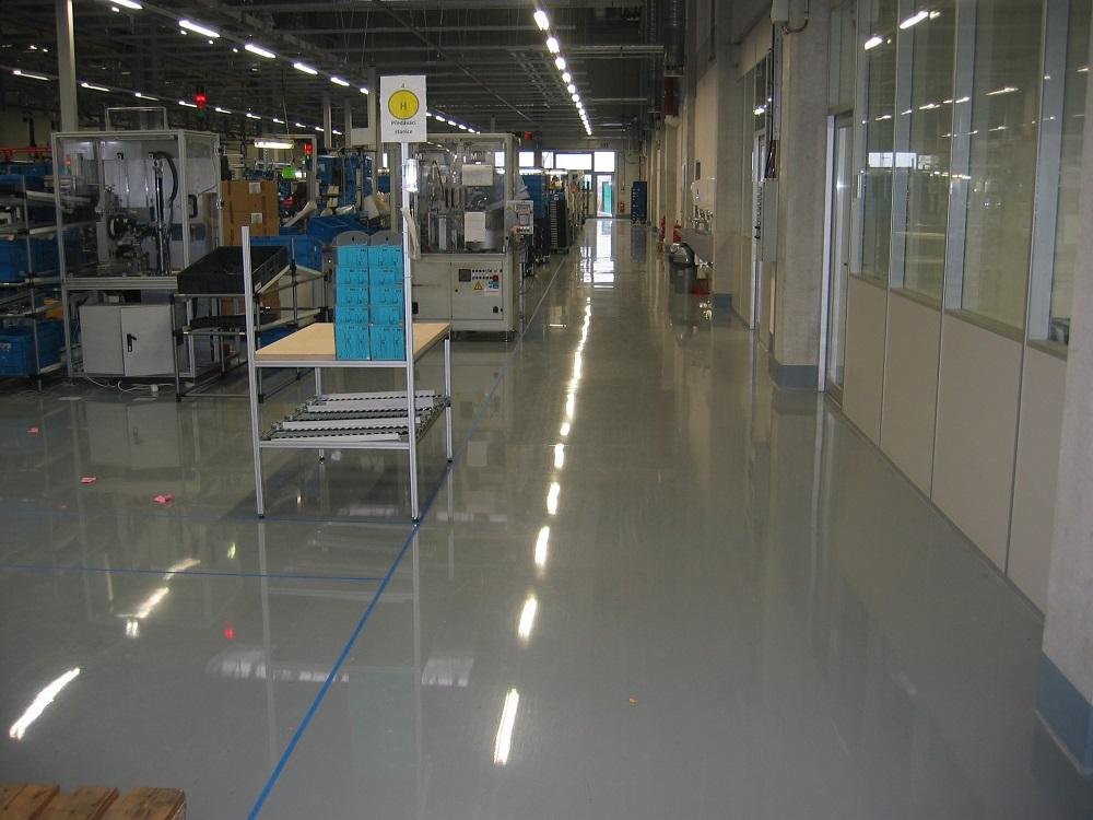 betonová podlaha - reference FISCHER