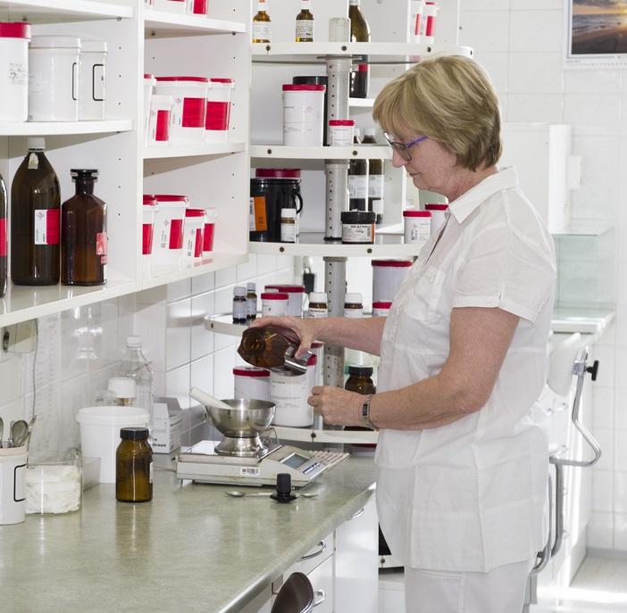 Individuální příprava léků, mastí, očních kapek - léky na míru, dle receptu