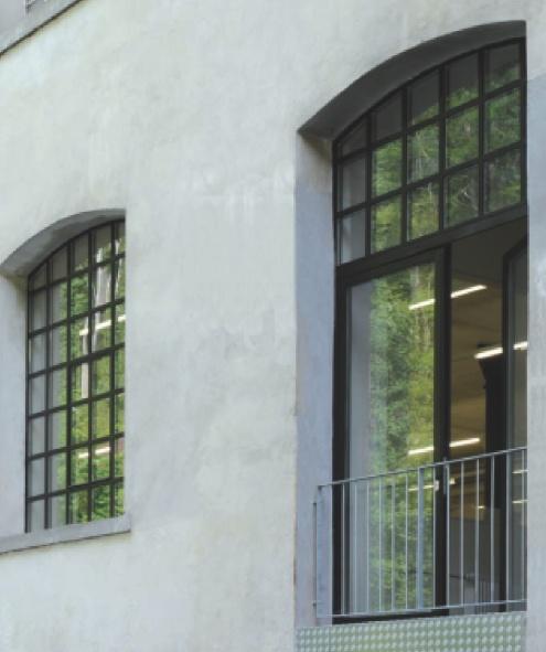 Prosklené či kazetové dělicí stěny - využití i pro občanské výstavby