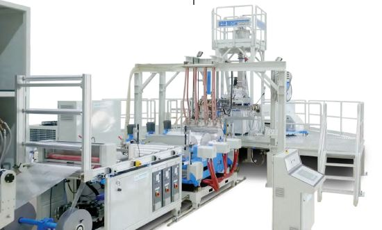 Chill Roll linka na vytlačování folií od firmy LABTECH Engineering