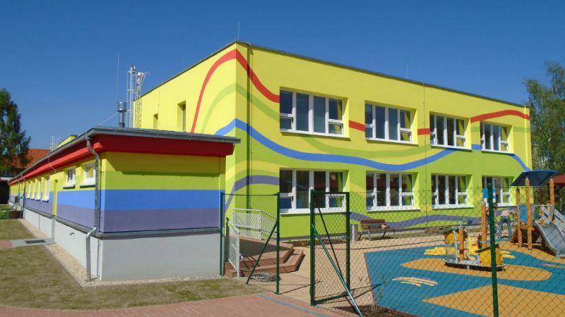 Zateplování budov Kolín – zateplování fasád na klíč kvalitními materiály