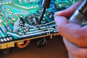Opravy a servis elektrických zařízení