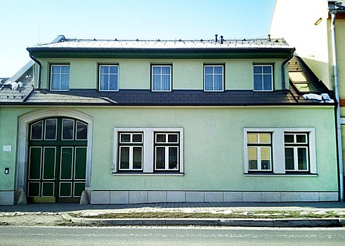 DAHEPO EURO, spol. s r.o., Boskovice, výroba a montáž kastlových oken