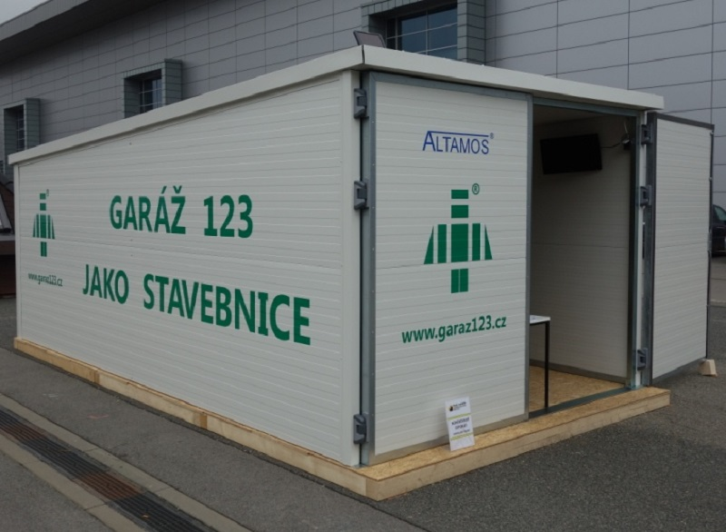 Montované stavby z PUR panelů - levná montovaná garáž, zahradní chatka