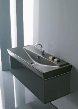 KOHLER luxusní sanitární keramika, koupelnový nábytek, kouty.