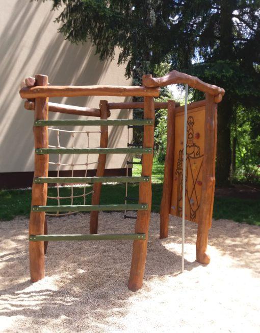 Dřevěné herní prvky na dětská hřiště na cvičení a protahování