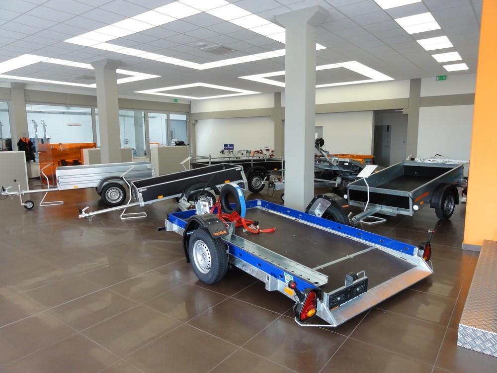 Široký výběr přívěsů a přívěsných vozíků