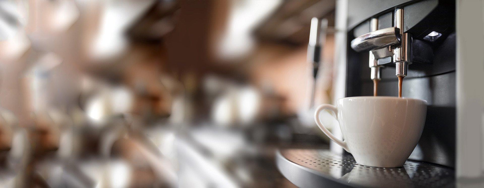 WMF kávovary pre profesionálov Praha - dokonalá káva s jemnou penou