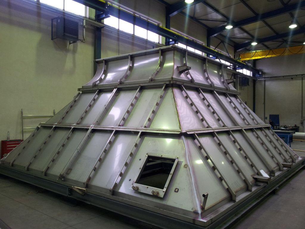 Plynové spalovací turbíny Hradec Králové - Vstupní a výstupní systémy turbín