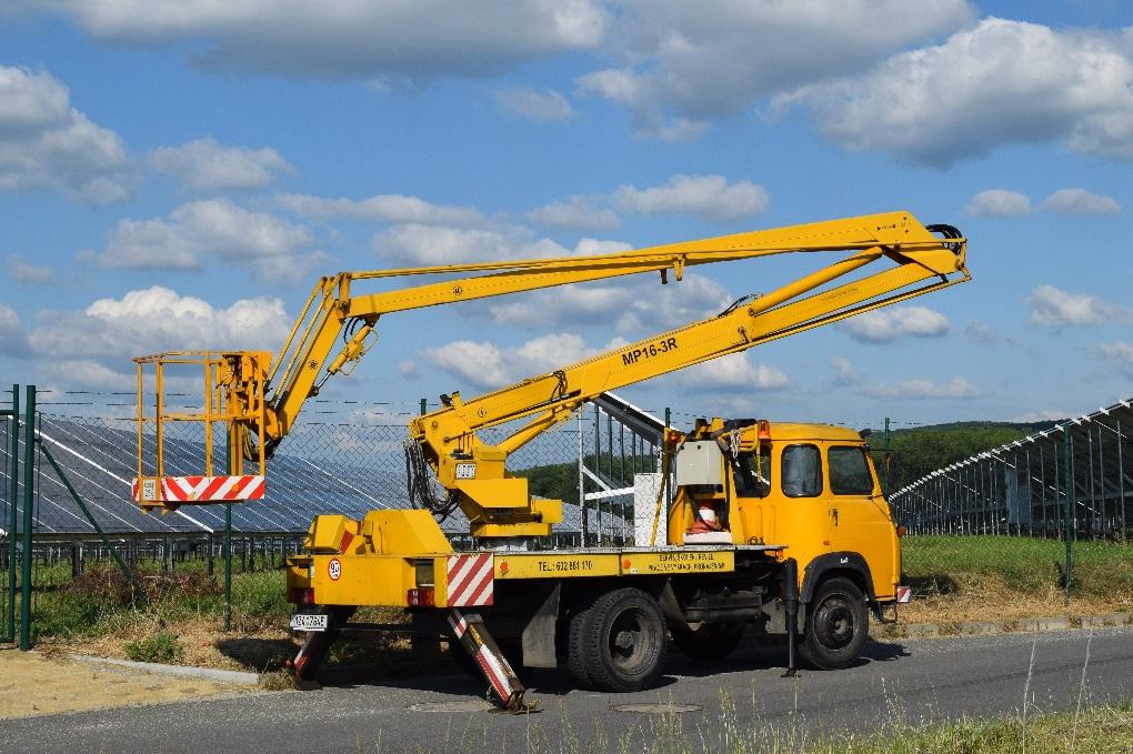 automobilní montážní plošina MP16-3