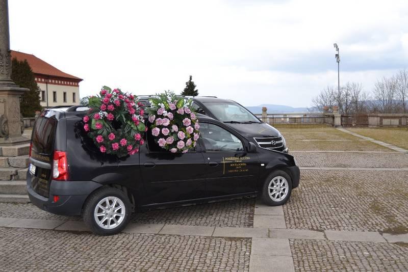 Pohřební vozy