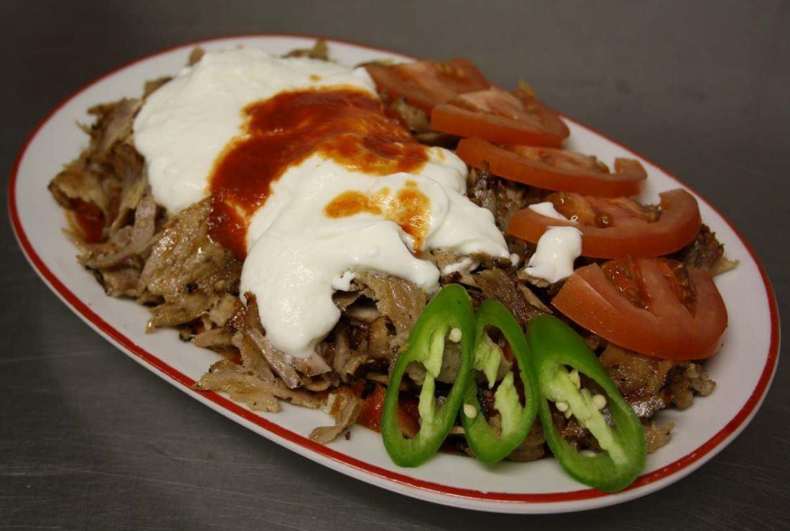 Pravý turecký döner durum kebab, polévky i dezerty
