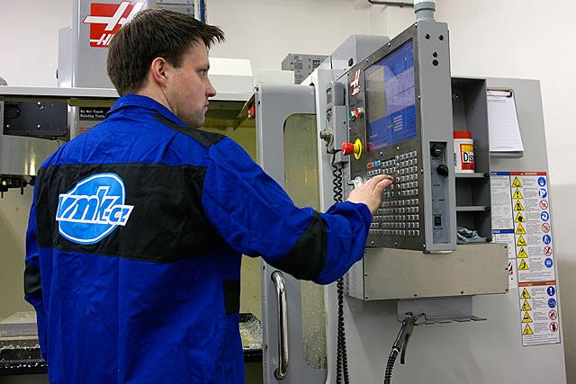 Kontroly dílů s návazností na konstrukční systémy CAD