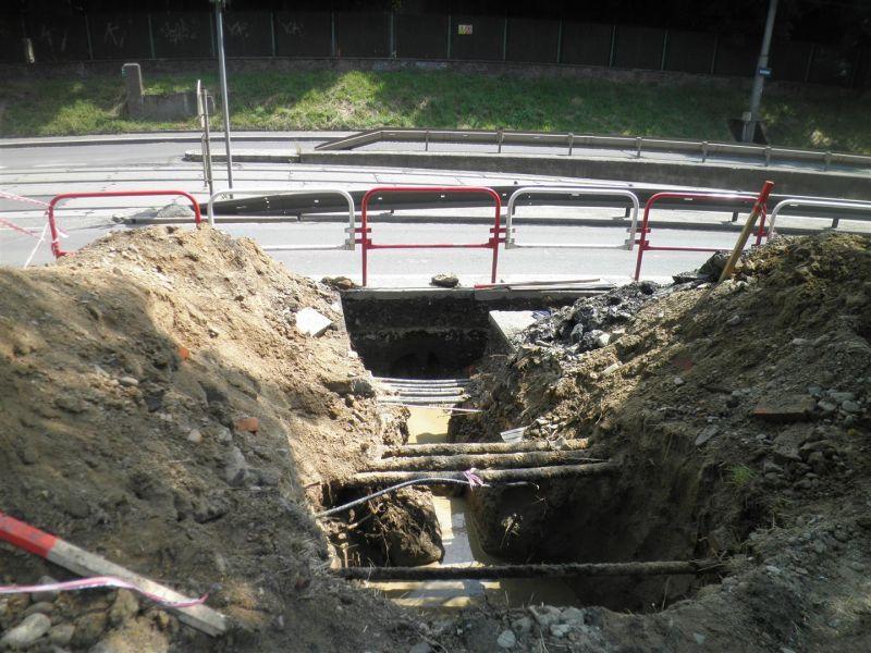 Řízené protlaky, bezvýkopová výstavba vodovodů, kanalizací, opravy ( rekonstrukce) potrubí